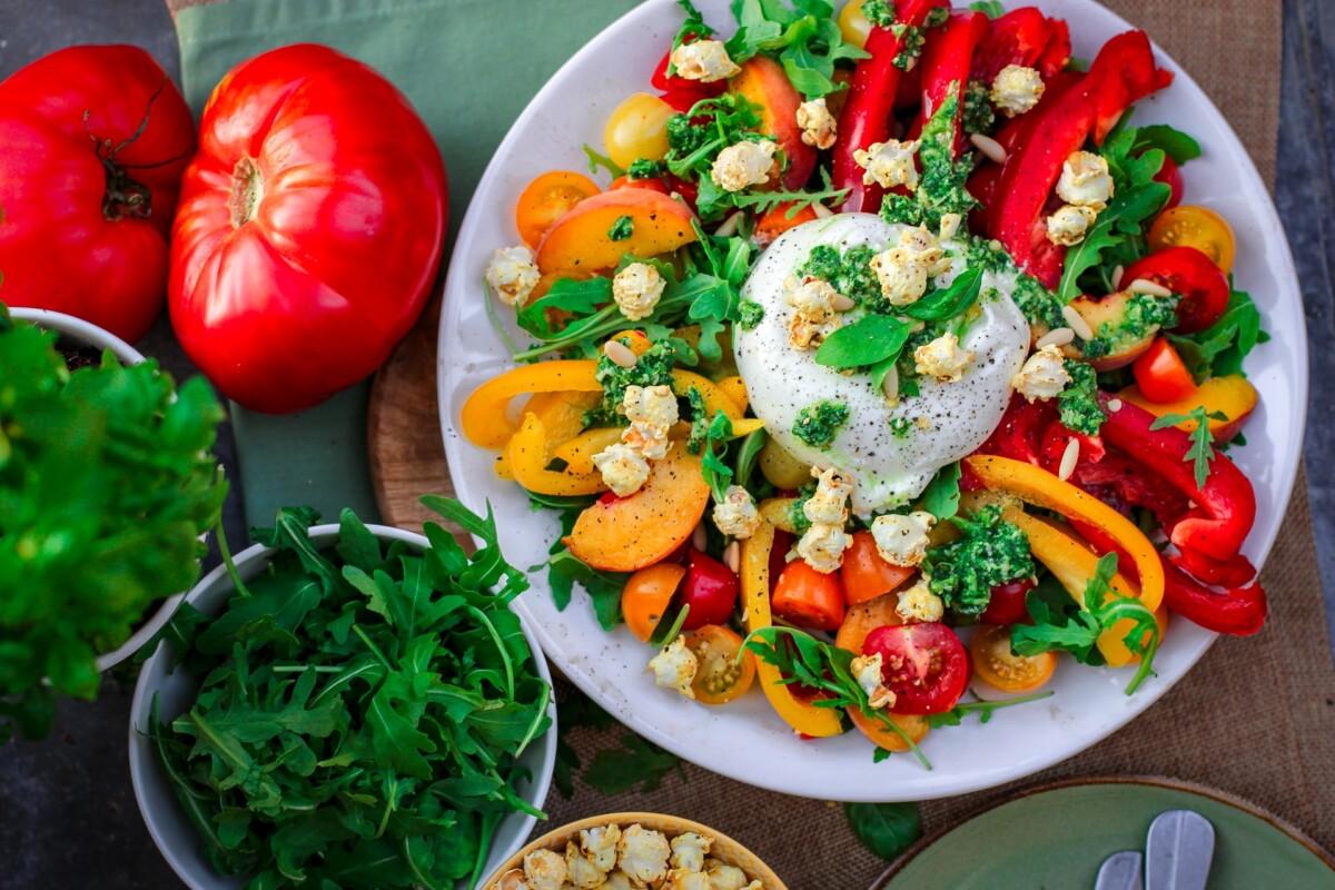 Frisk og sunn med fargerik mat